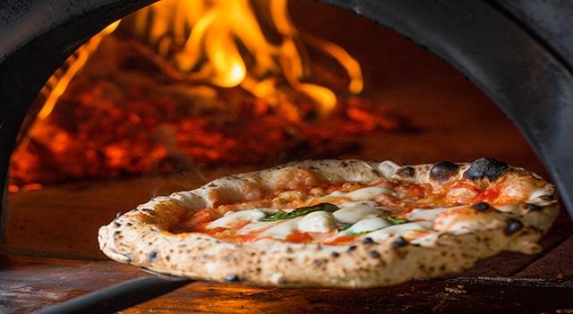 pizza sicura al ristorante